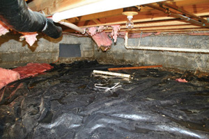 Crawl Space Repair Before in Altoona