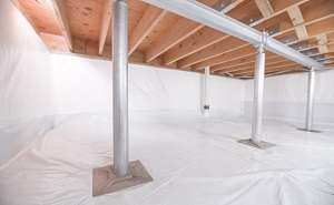 Crawl space structural support jacks installed in Hastings